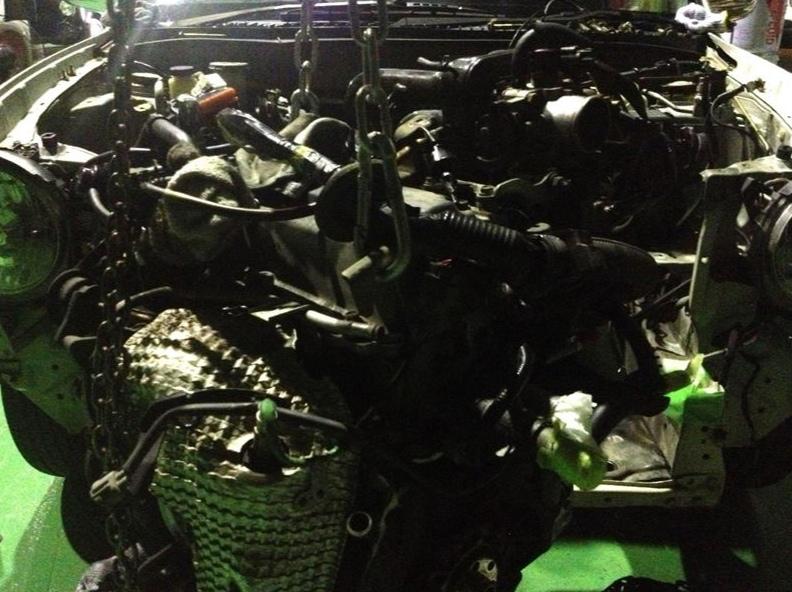 ミラジーノからエンジン積み下ろしクラッチ交換&リアオイルシール交換
