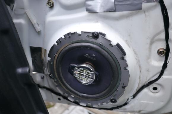 ALPINE STL16Cコアキシャルスピーカーの音質とミラジーノスピーカー交換方法