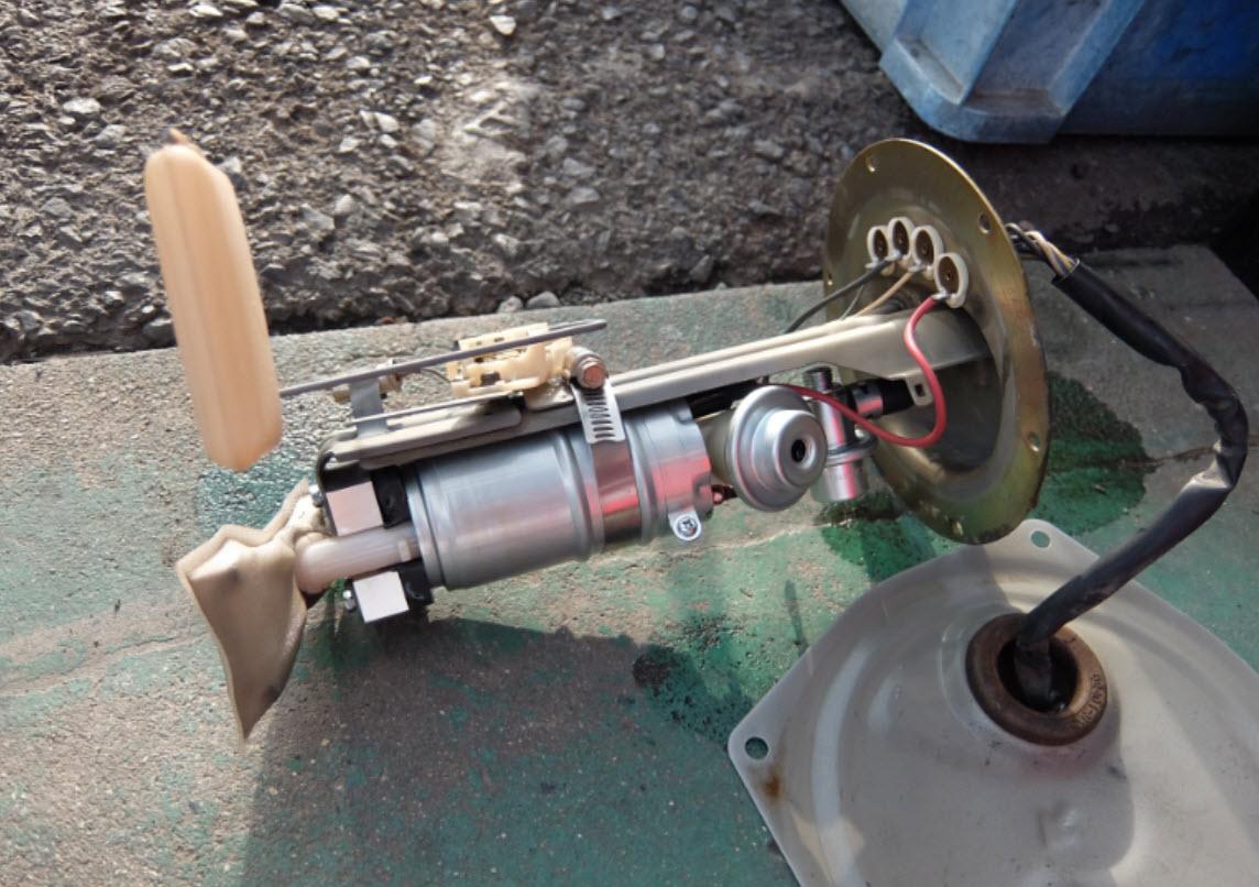walbro fuel pumpワルボロ燃料ポンプのレビュー静かでいい感じ