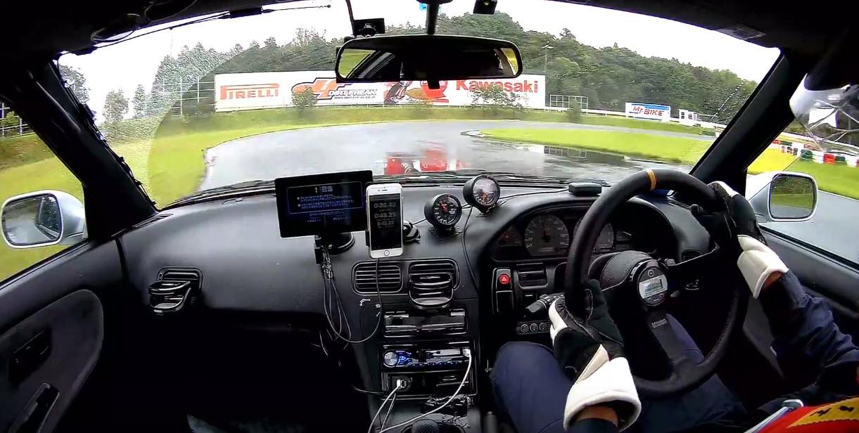 雨の日のサーキット走行でわかったタイム差などR1Rウェットの実力