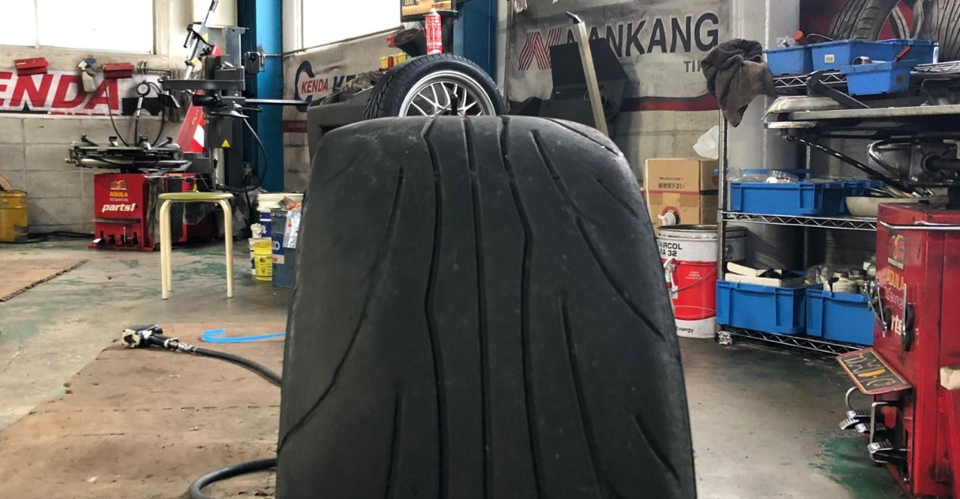 タイヤ片減り激しい